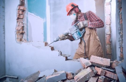 Демонтажные работы в Харькове - фото